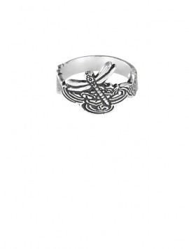 Dragonfly totem are often free-spirited and self-determined folks.
